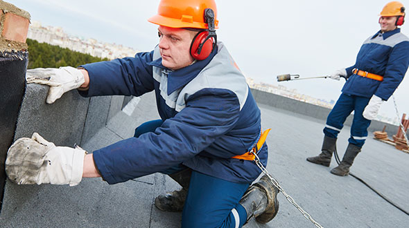 Commercial roofing repair and maintenance program
